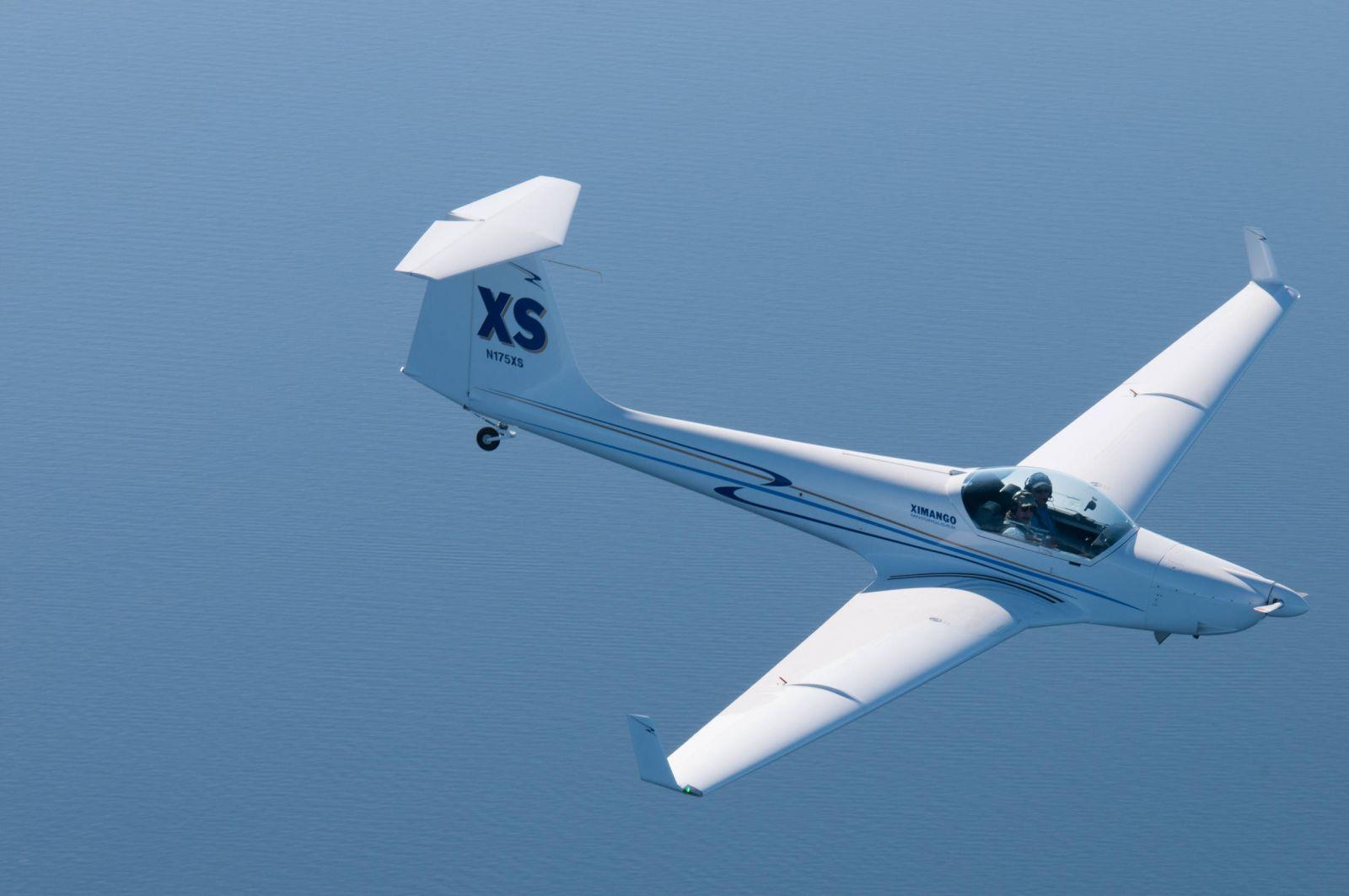 Ximango N175XS in Flight over Lake Tahoe