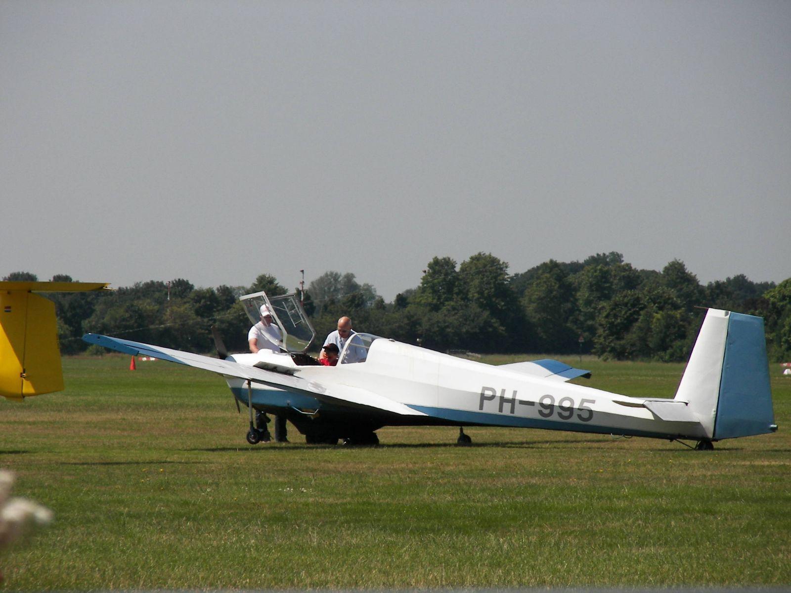 Youri (7 year) first flight !