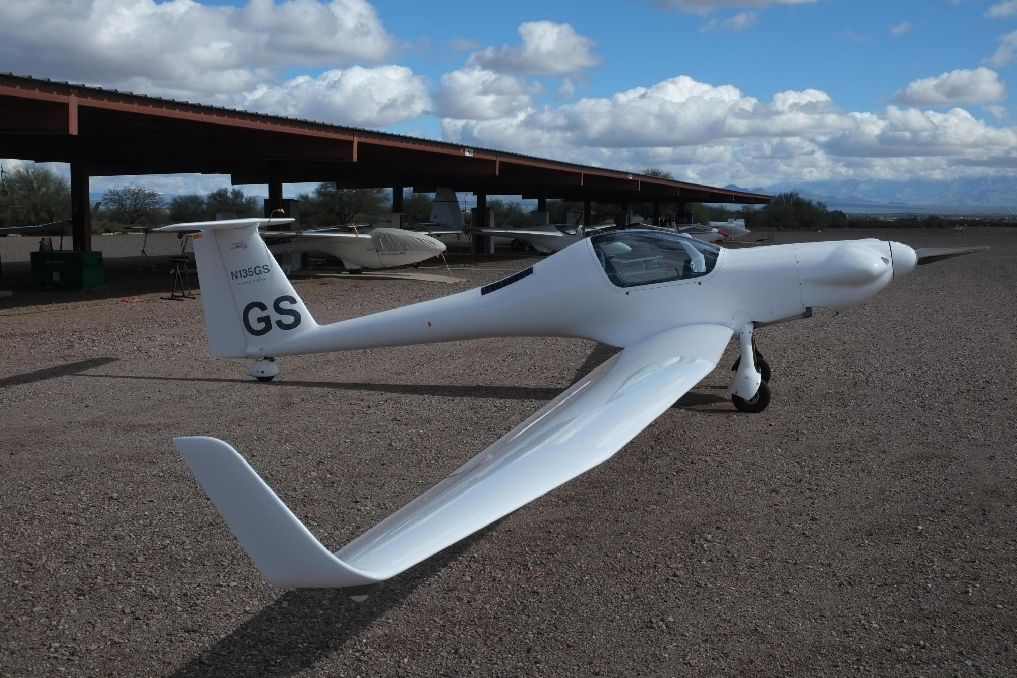 2005 Carat N135GS - Used Motorgldiers - Touring Motor Gliders